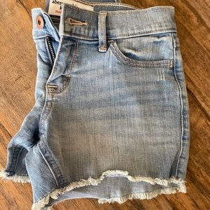 Kids girls Abercrombie jean shorts.